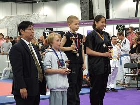 harry award 2 seni 10 thumb